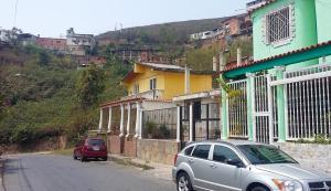 Terreno En Venta En Los Teques, El Trigo, Venezuela, VE RAH: 16-8543
