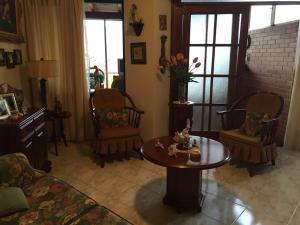 Apartamento En Venta En Caracas - Los Naranjos del Cafetal Código FLEX: 16-8549 No.3