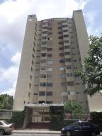 Apartamento En Venta En Caracas, Santa Paula, Venezuela, VE RAH: 16-8554