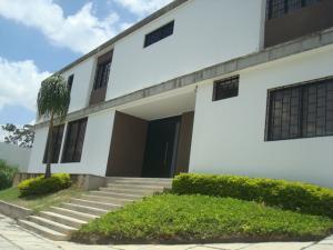 Casa En Venta En Caracas, Prados Del Este, Venezuela, VE RAH: 16-8566