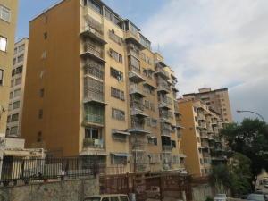 Apartamento En Venta En Caracas, Santa Monica, Venezuela, VE RAH: 16-8608