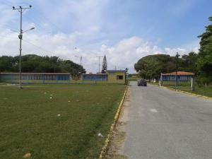 Terreno En Venta En Higuerote, Higuerote, Venezuela, VE RAH: 16-8577