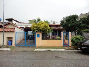 Casa En Venta En Charallave, Charallave Country, Venezuela, VE RAH: 16-8582