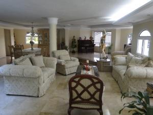 Casa En Venta En Maracaibo, Cantaclaro, Venezuela, VE RAH: 16-8710