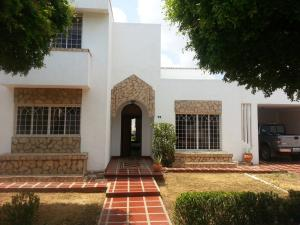Casa En Venta En Maracaibo, Fuerzas Armadas, Venezuela, VE RAH: 16-8680