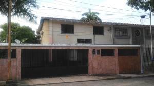 Casa En Venta En Valencia, Los Sauces, Venezuela, VE RAH: 16-8693