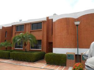 Townhouse En Venta En Higuerote, Puerto Encantado, Venezuela, VE RAH: 16-8828