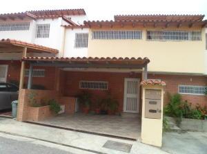 Townhouse En Venta En Guatire, San Francisco, Venezuela, VE RAH: 16-8703