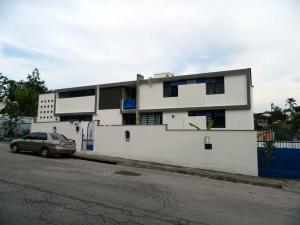 Casa En Venta En Caracas, Cumbres De Curumo, Venezuela, VE RAH: 16-8764