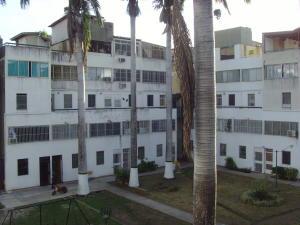 Apartamento En Venta En Cabudare, Parroquia Cabudare, Venezuela, VE RAH: 16-8769