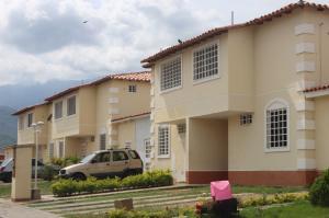 Townhouse En Venta En Guatire, Villas De Buenaventura, Venezuela, VE RAH: 16-8786