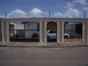 Casa En Venta En Ciudad Bolivar, Casco Central, Venezuela, VE RAH: 16-8791