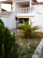 Casa En Venta En Higuerote, Higuerote, Venezuela, VE RAH: 16-8794