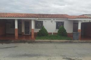 Casa En Ventaen Barquisimeto, Villas De Yara, Venezuela, VE RAH: 16-8793