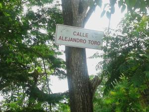 Terreno En Ventaen Caracas, Bosques De La Lagunita, Venezuela, VE RAH: 16-8938