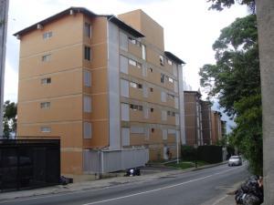 Apartamento En Venta En Caracas, Santa Ines, Venezuela, VE RAH: 16-8860