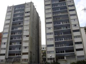 Apartamento En Venta En Caracas, Terrazas Del Club Hipico, Venezuela, VE RAH: 16-8863