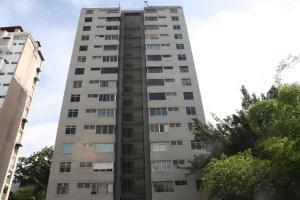 Apartamento En Alquiler En Caracas, Los Palos Grandes, Venezuela, VE RAH: 16-8817