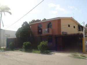 Casa En Venta En Barquisimeto, Colinas De Santa Rosa, Venezuela, VE RAH: 15-2480