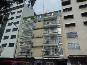 Apartamento En Venta En Caracas, Bello Campo, Venezuela, VE RAH: 16-8822