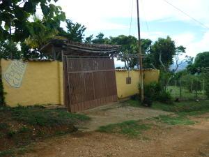 Casa En Venta En Cabudare, Parroquia José Gregorio, Venezuela, VE RAH: 16-8855