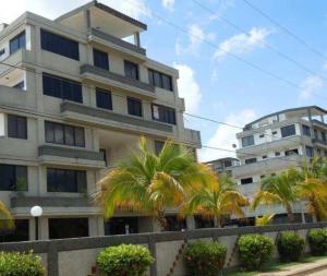 Apartamento En Venta En Chichiriviche, Flamingo, Venezuela, VE RAH: 16-8716