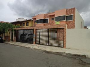 Townhouse En Venta En Municipio Naguanagua, Las Quintas, Venezuela, VE RAH: 16-8916