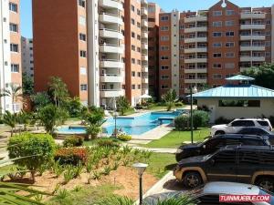 Apartamento En Venta En Margarita, Playa El Angel, Venezuela, VE RAH: 16-8918