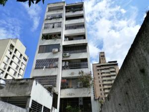 Apartamento En Venta En Caracas, Parroquia La Candelaria, Venezuela, VE RAH: 16-9436