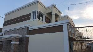 Townhouse En Venta En Ciudad Ojeda, La N, Venezuela, VE RAH: 16-8987
