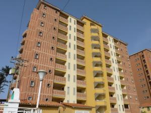 Apartamento En Ventaen Tucacas, Tucacas, Venezuela, VE RAH: 16-9016