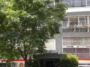 Apartamento En Venta En Caracas, Altamira, Venezuela, VE RAH: 16-9020