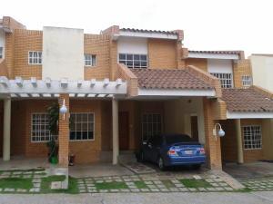 Townhouse En Venta En Valencia, Piedra Pintada, Venezuela, VE RAH: 16-9047