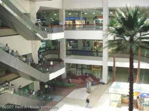 Local Comercial En Venta En Caracas, Chuao, Venezuela, VE RAH: 16-9050