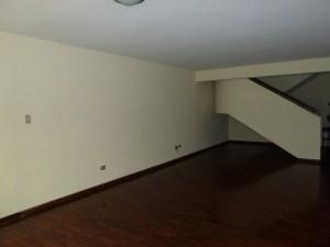 Apartamento En Venta En Caracas - Santa Rosa de Lima Código FLEX: 16-9062 No.2