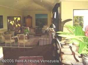 Casa En Venta En Caracas, La Lagunita Country Club, Venezuela, VE RAH: 16-9067