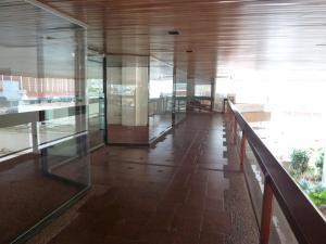 Local Comercial En Alquiler En Maracaibo, Tierra Negra, Venezuela, VE RAH: 16-9088