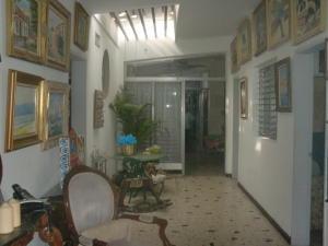 Casa En Ventaen Maracaibo, Paraiso, Venezuela, VE RAH: 16-9102