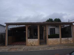 Casa En Venta En Ciudad Bolivar, Sector Marhuanta, Venezuela, VE RAH: 16-9140