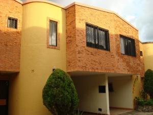 Townhouse En Venta En Municipio Naguanagua, La Querencia, Venezuela, VE RAH: 16-9142