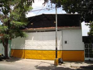 Galpon - Deposito En Venta En Maracay, 23 De Enero, Venezuela, VE RAH: 16-9153