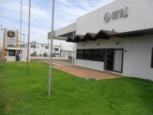 Galpon - Deposito En Alquiler En Maracaibo, Circunvalacion Dos, Venezuela, VE RAH: 16-9172