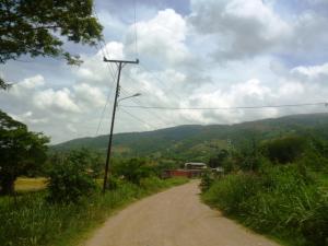 Terreno En Venta En Cua, Quebrada De Cua, Venezuela, VE RAH: 16-9182
