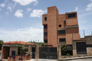 Apartamento En Venta En Caracas, Miranda, Venezuela, VE RAH: 16-9186