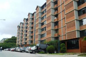 Apartamento En Venta En Caracas, Terrazas De Guaicoco, Venezuela, VE RAH: 16-9205