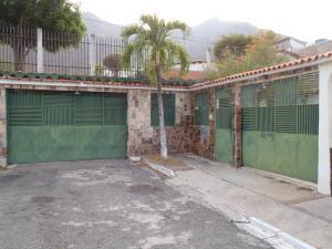 Casa En Venta En Municipio San Diego, La Esmeralda, Venezuela, VE RAH: 16-9239