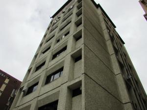 Oficina En Alquiler En Caracas, Los Caobos, Venezuela, VE RAH: 16-9240