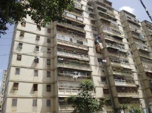 Apartamento En Ventaen Caracas, Caricuao, Venezuela, VE RAH: 16-9254