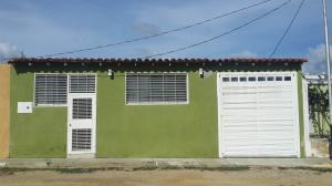 Casa En Venta En Cabudare, Parroquia José Gregorio, Venezuela, VE RAH: 16-9416