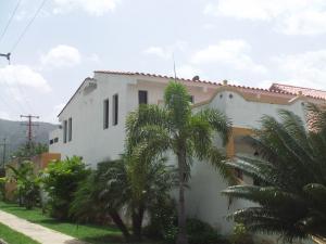 Casa En Venta En Municipio San Diego, Villas De Alcala, Venezuela, VE RAH: 16-9348